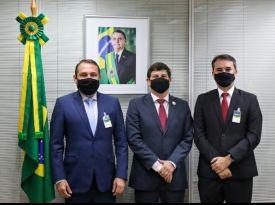 Presidente da Embratur recebe comitiva da Paraíba