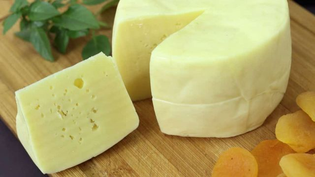 queijo-artesanal-almeida-guimaraes-2_B.jpg